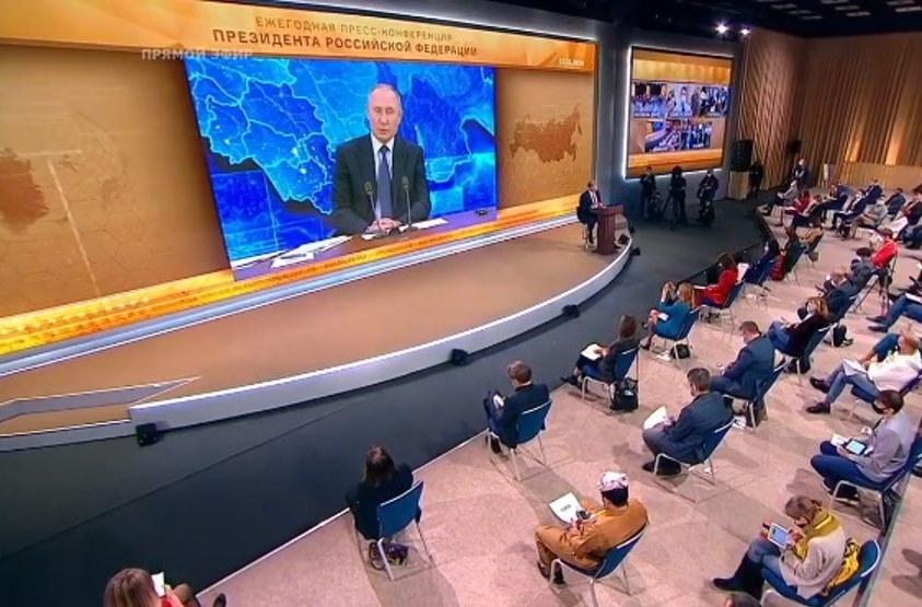 """Братущак: Бункер в Ново-Огарьово – це наче """"Шаріте"""" для Путіна.Навіть по рукам видно, що дідусю погано"""