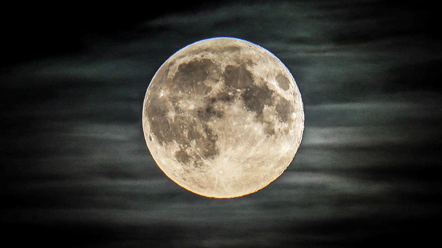 Астронавты NASA высадятся на Луну в 2024 году