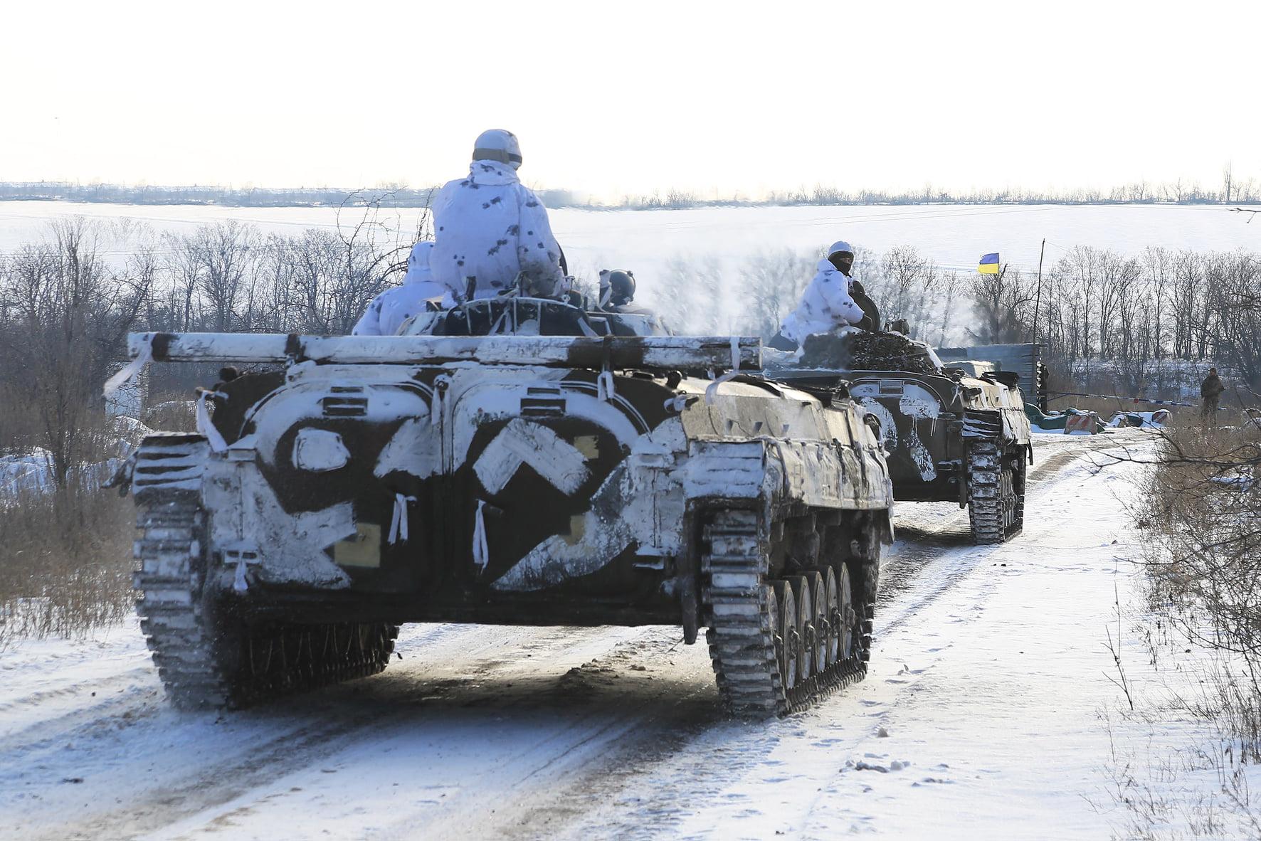 Неподалік Старогнатівки бойовики поранили українського воїна, – штаб ООС