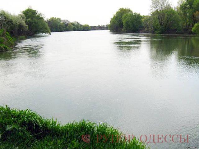 На Одещині в Дністрі рівень води досяг небезпечно високої позначки