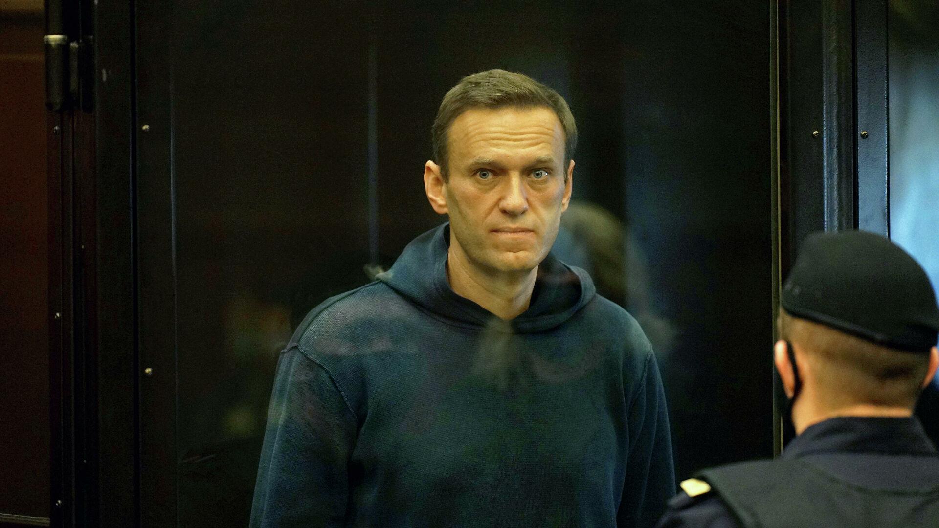 Навальный объявил голодовку в тюрьме