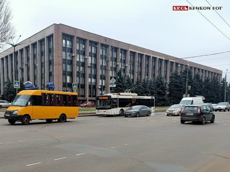 У рідному місті Зеленського вирішили скасувати плату за проїзд у громадському транспорті