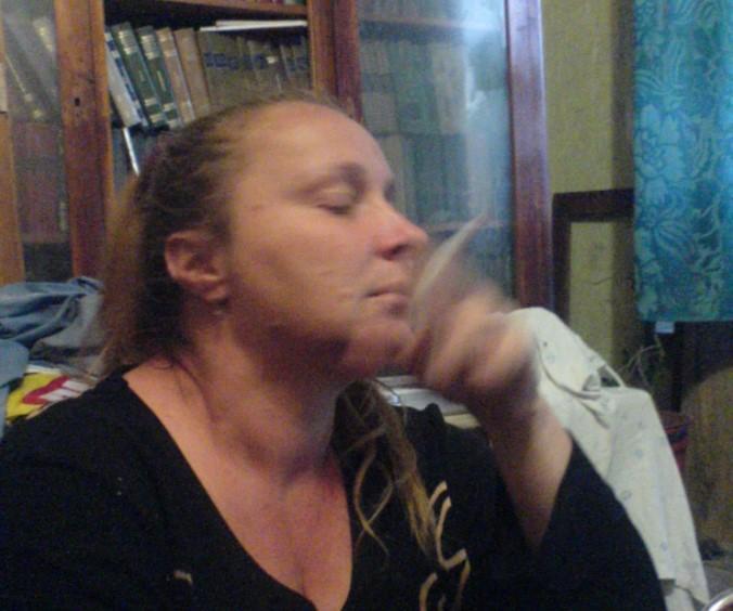 """Від COVID-19 померла дружина """"кіборга"""" Гофмана, який два дні тому помер від раку"""