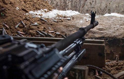 Штаб ООС: Минулої доби збройні формування РФ 13 разів порушили режим припинення вогню. Одного українського бійця поранено