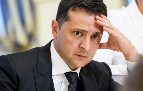 Рейтинг Зеленського впав до історичного мінімуму: результати прихованого опитування