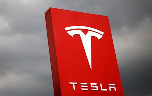 Илон Маск запланировал новые модели электрокаров Tesla