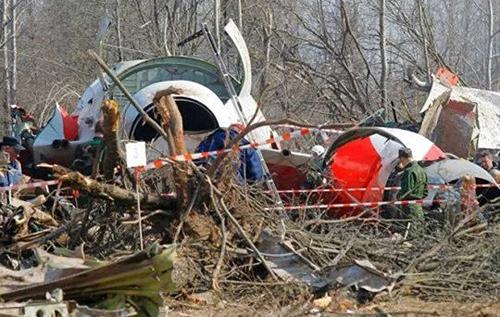 Подложили взрывчатку в самолет: Польша обвиняет Россию в гибели президента Качиньского