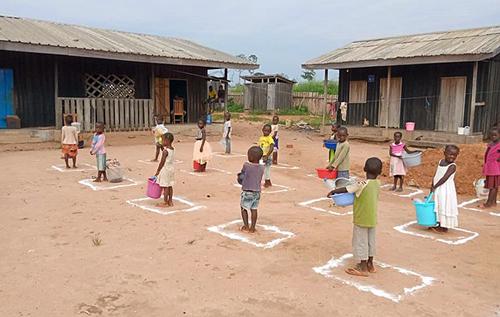 В Конго боевики убили пятерых школьников и похитили учителя