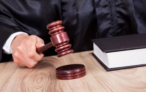Суд вынес приговор иранцу, обезглавившему 14-летнюю дочь за попытку сбежать со взрослым мужчиной