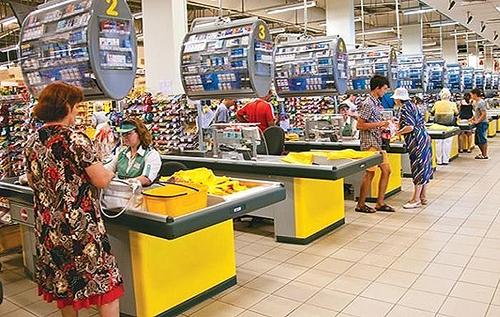 Киевский налоговик попался на краже в супермаркете. ФОТО