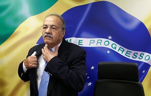 У союзника бразильского президента полицейские нашли деньги между ягодицами