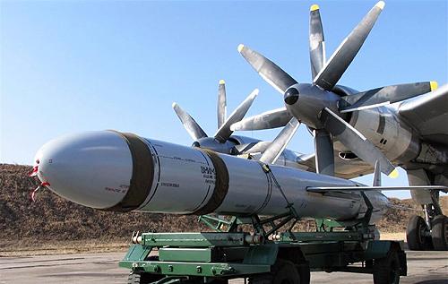 Український генерал оцінив небезпеку розміщення ядерної зброї в Криму та розповів про наслідки ядерного удару по Києву