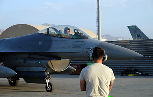 "Американские F-15 и F-16 получат ""лучи смерти"""