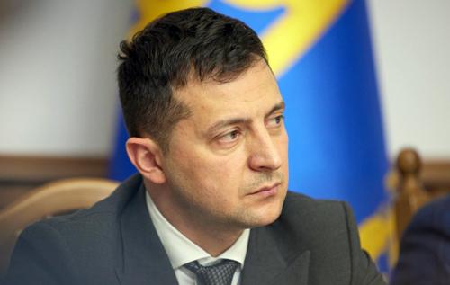 Зеленський доручив перевірити інформацію про контрабанду вакцини проти COVID-19
