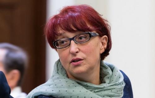 """""""Слуга народа"""" рассказала о будущем украинцев: работать, пока позволяет организм, и самим откладывать на старость"""