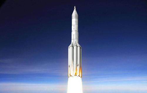 Россия приостановила разработку ракеты для полета на Луну
