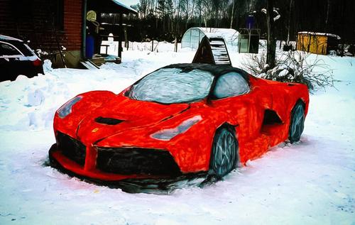 В Литве автолюбители создали копию Ferrari LaFerrari из снега. ФОТО