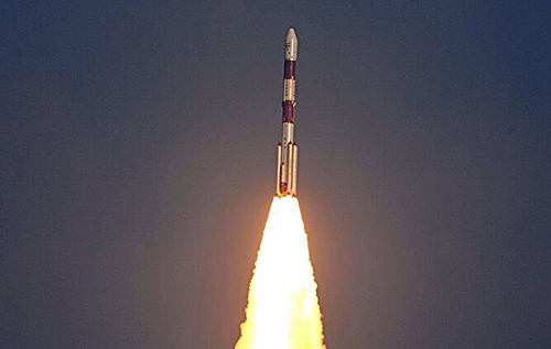 Индийская ракета запустила на орбиту первый бразильский спутник. ВИДЕО
