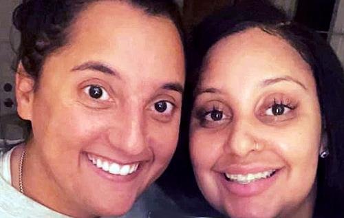 В США работавшие восемь лет вместе близкие подруги оказались родными сестрами