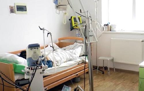 У COVID-лікарнях України закінчуються місця