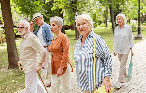 Сколько шагов нужно делать в день для снижения риска смерти, – исследование
