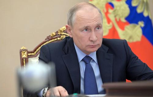 Путин рассматривает Украину как бунтующую вассальную территорию, – российский политик