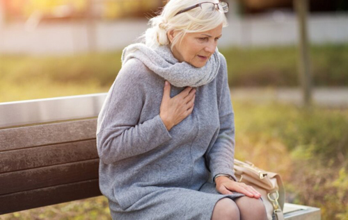 Медики назвали признаки приближающегося сердечного приступа