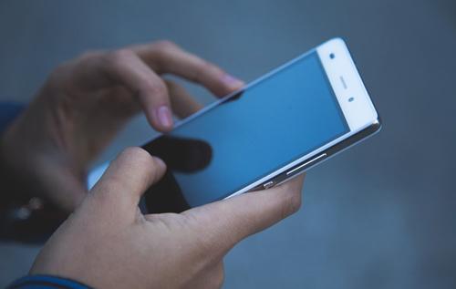 В оккупированном Крыму из-за санкций массово блокируют смартфоны Xiaomi