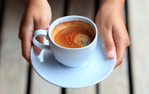 Лучшее время для употребления кофе назвала диетолог
