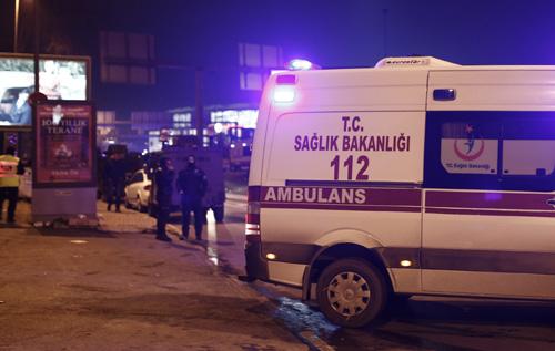 Российские и британские туристы устроили массовую драку в турецком отеле