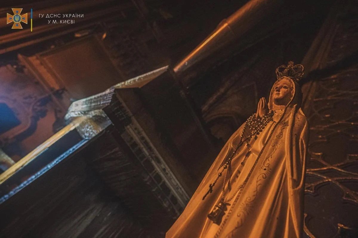 Стало відомо, коли почнеться ремонт всередині костелу Святого Миколая, постраждалого від пожежі