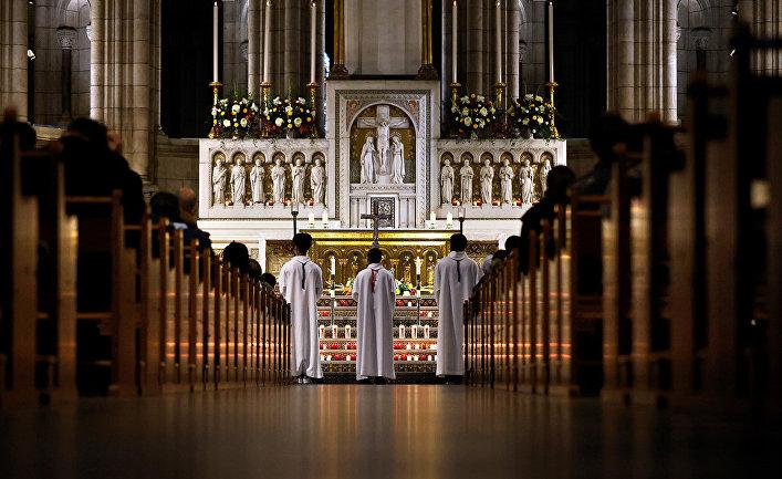 У Франції протягом 70 років понад 200 тисяч осіб стали жертвами сексуального насильства з боку католицьких священиків – розслідування