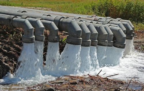 """В Крыму предложили повысить стоимость воды, потому что она """"слишком дешёвая"""". ВИДЕО"""