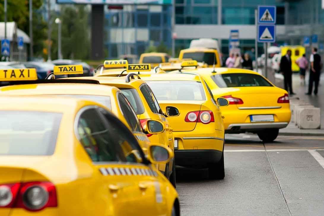 98% ринку таксі в Україні перебуває в тіні – аналітик