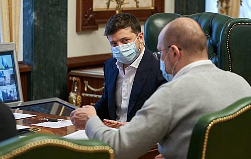 Deutsche Welle: Украинские власти сегодня не в состоянии защитить от COVID-19 даже себя, не говоря уже о простых людях