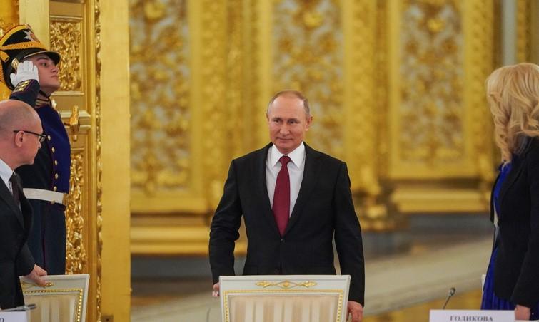 https://uainfo.org/blognews/1623345274-dichayshee-politiko-pravovoe-nevezhestvo-kremlya-pochemu-putin.html