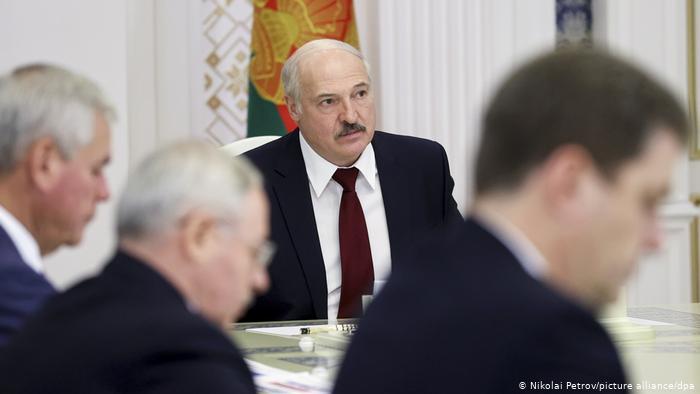 Ощущение неизбежности. Сколько продержится режим Лукашенко?