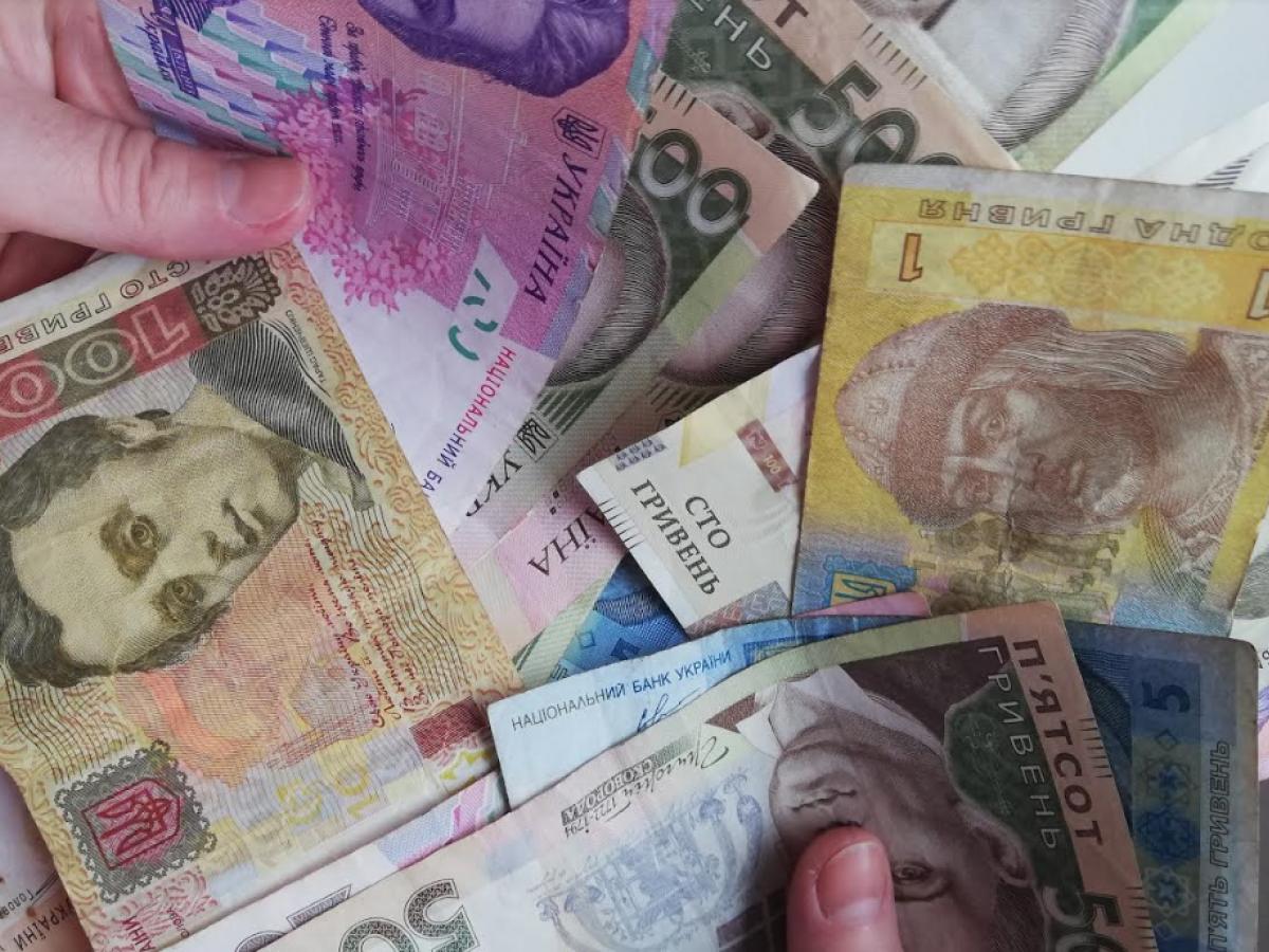Манипуляция с валютным курсом: зачем в бюджете-2022 искусственно завышают доходы