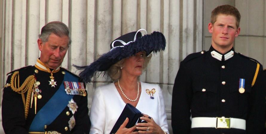 Принц Гаррі виступить зі скандальним викриттям своєї мачухи