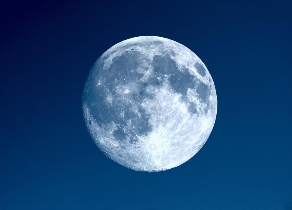 На Хэллоуин взойдет редкая Голубая луна