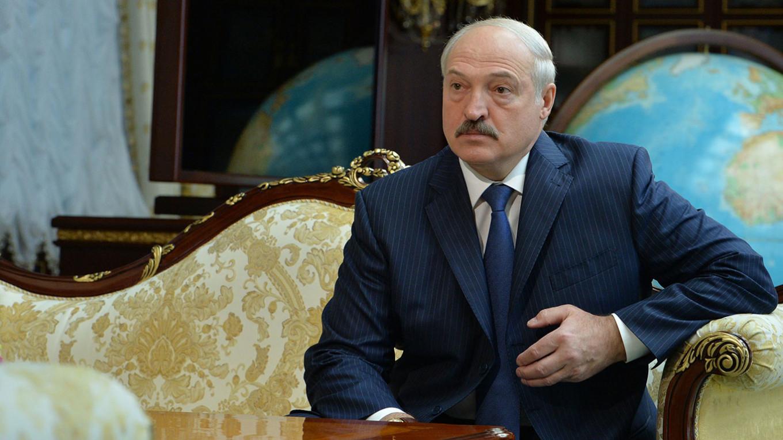 Вынужденный каминг-аут Лукашенко