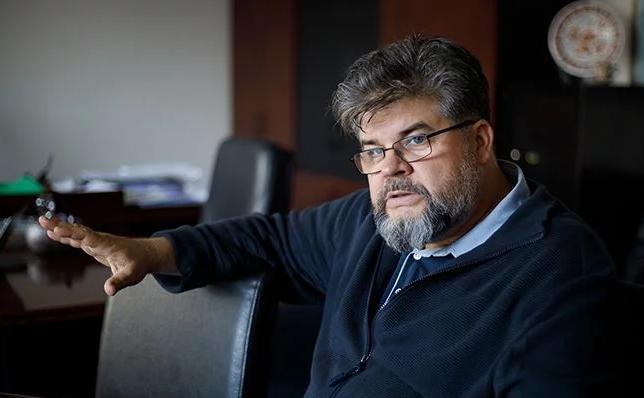 """Як Зеленський і """"Слуга народу"""" можуть відновити репутацію після секс-скандалу"""