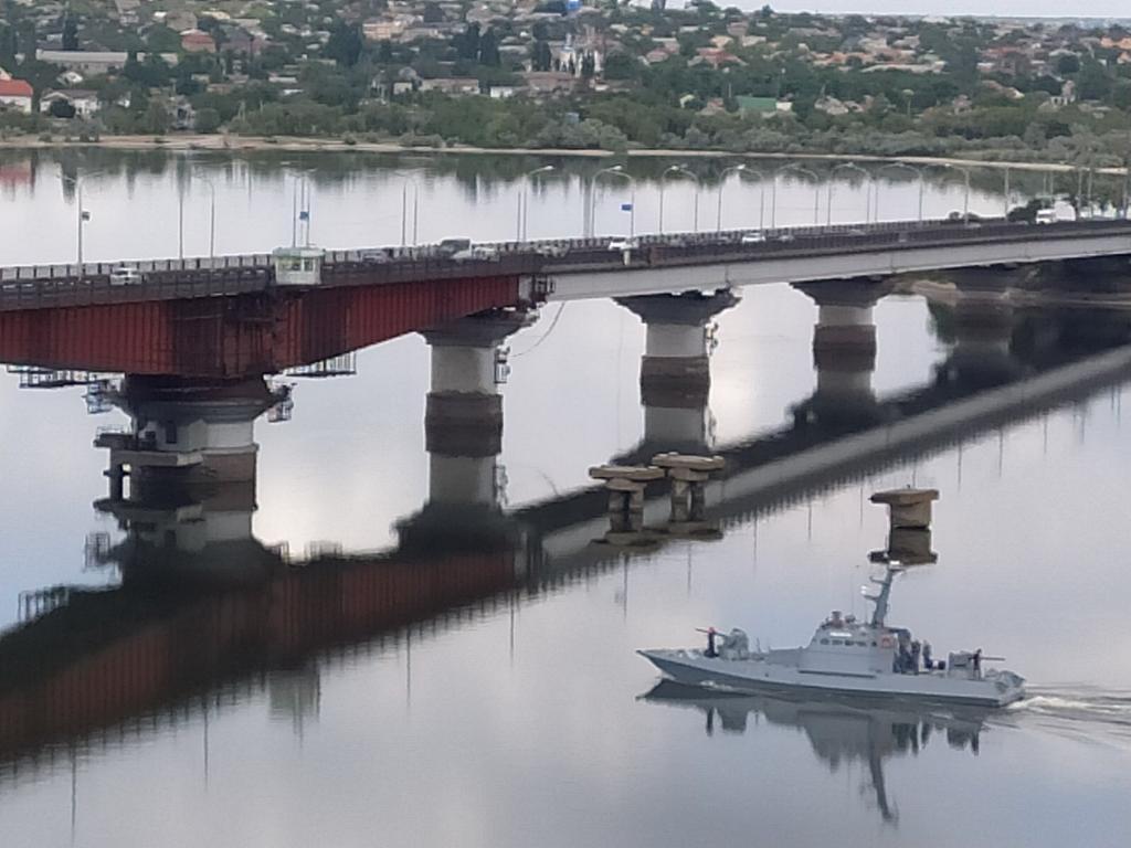 """Військовий катер """"Нікополь"""" після звільнення з російського полону повернувся на службу ВМС України"""