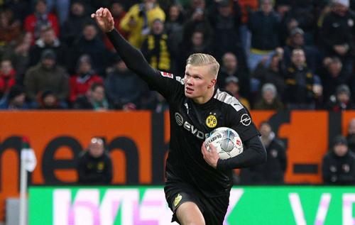Три удари – три голи. Хет-трик Холанда за 23 хвилини шокував Бундеслігу. ВІДЕО