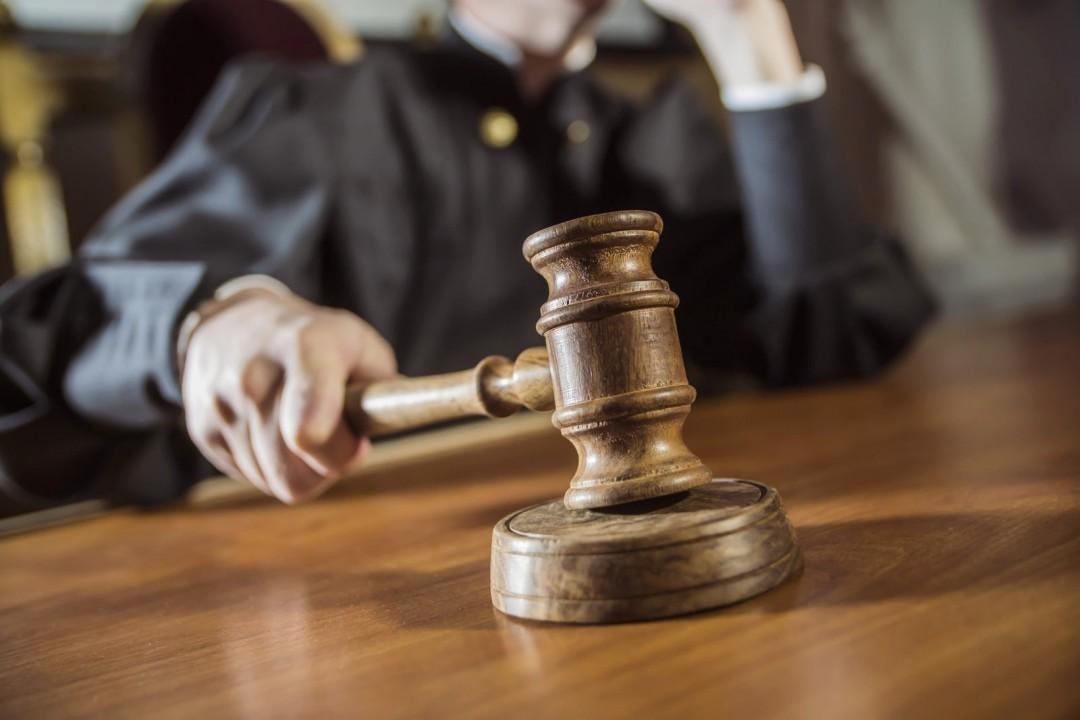Польша, судьи, критика, правительство, запрет