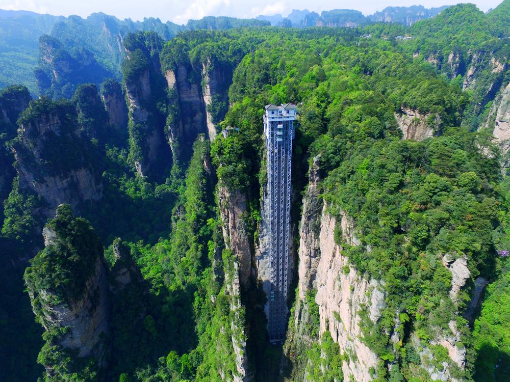 Сплошной адреналин: Байлонг - самый высокий открытый лифт в мире