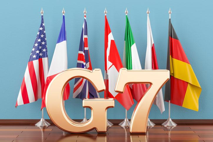 Сазонов: Освобождение Россией ОРДЛО и Крымане менее важно для G7, чем сидящий Навальный