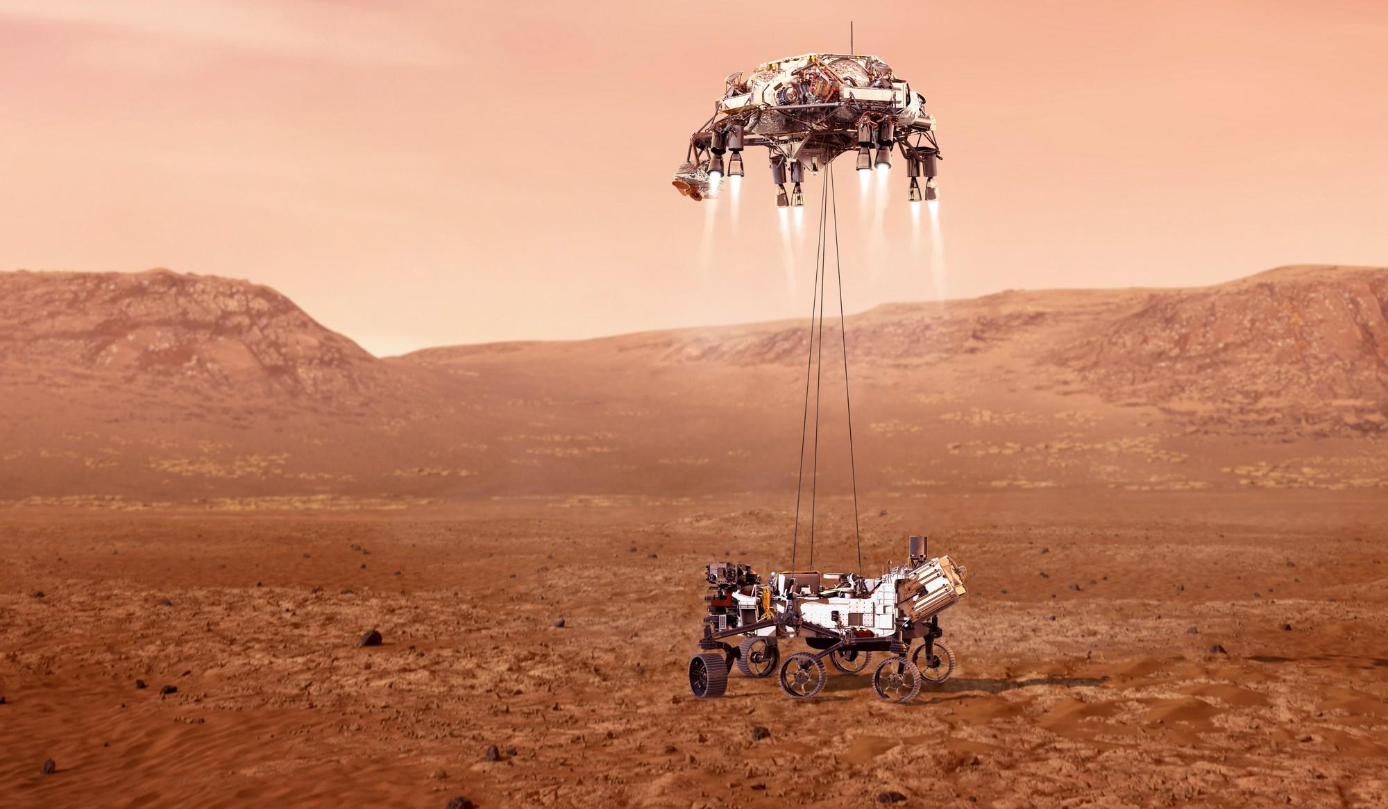 Марсоход NASA показал новые видео и фото Марса
