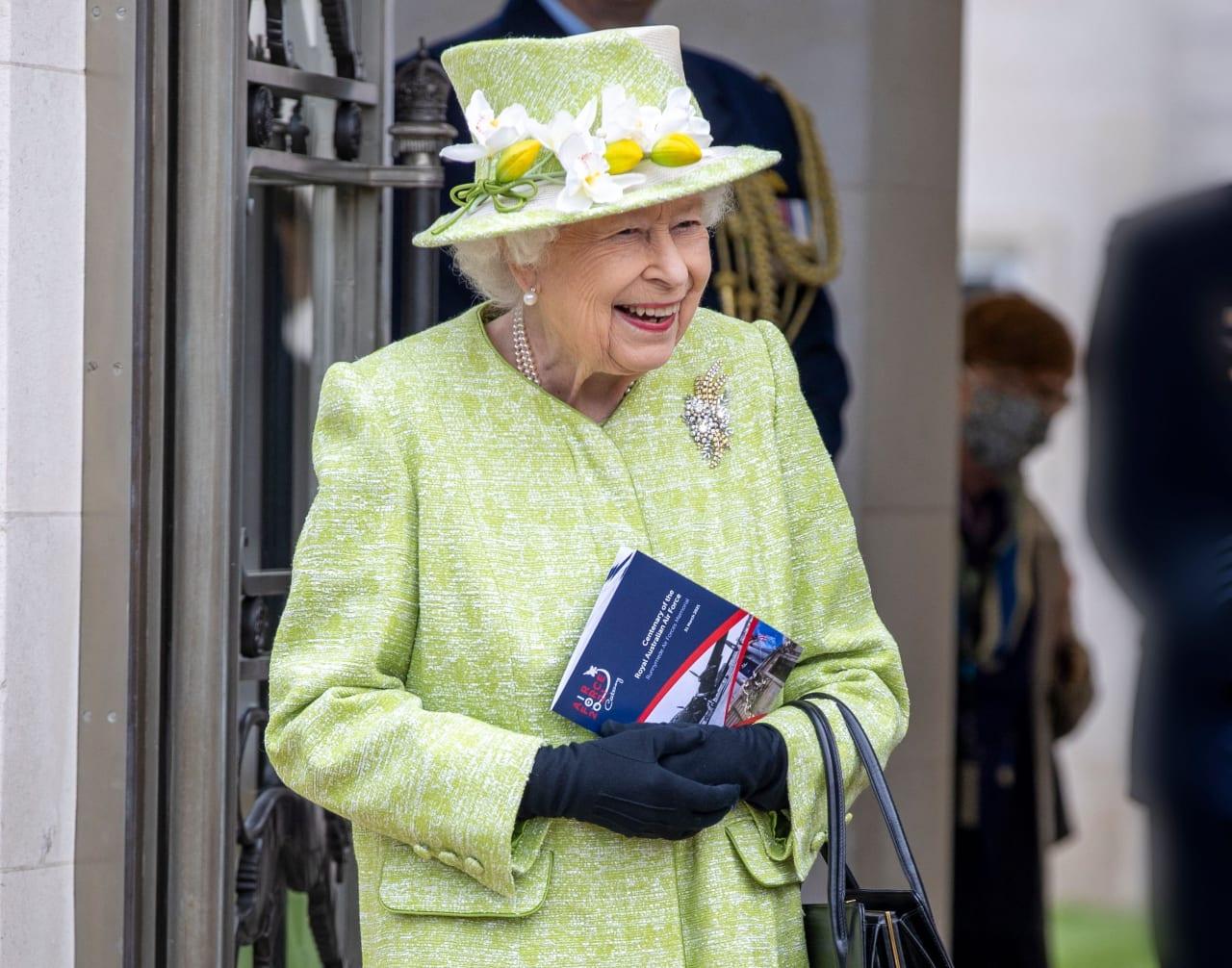Королева Елизавета II пошутила о России –Bild