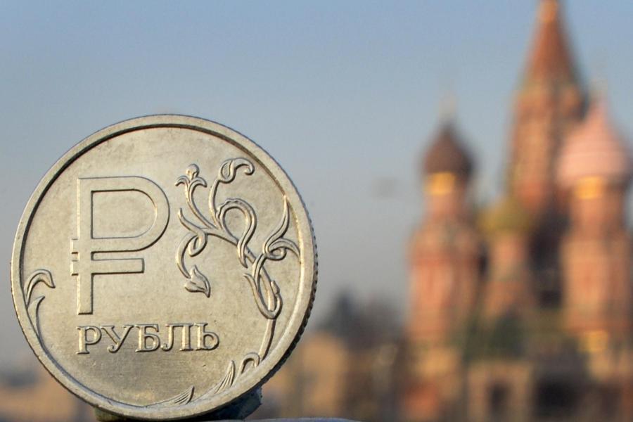 ВВС: Як загострення на Донбасі знецінило російський рубль